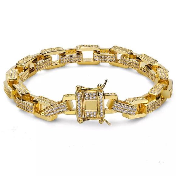 0a9cc272acb3 Men s Iced Out Gold Hermes Link Bracelet